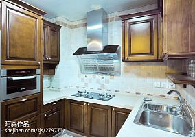热门中式复式厨房装修实景图