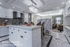 2020精选77平米二居厨房欧式实景图