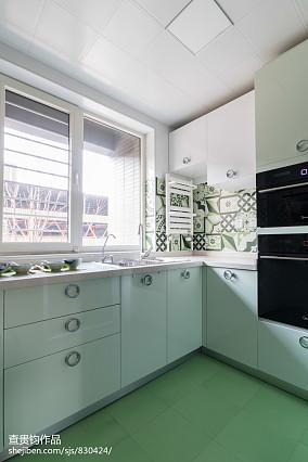面积75平简约二居厨房效果图片欣