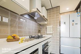精选中式三居厨房装饰图片