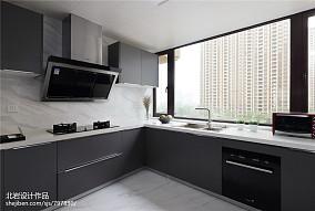 精致158平现代四居厨房装潢图