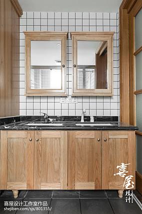 2020日式三居卫生间装修效果图片