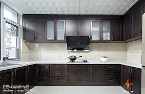 2020中式别墅厨房装修设计效果图