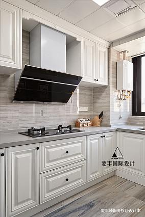 轻奢混搭厨房设计实景图片