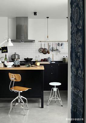 华丽93平混搭四居厨房装饰图