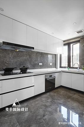 170㎡港式轻奢风格四居厨房设计图