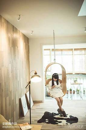 2020104平米三居客厅装修欣赏图片