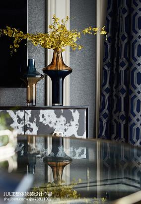 精致96平新古典四居客厅实景图片