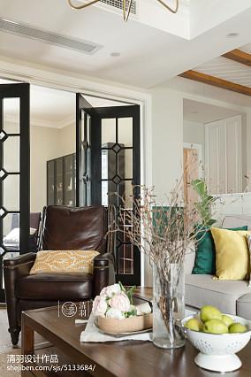 质朴91平美式三居客厅装饰美图