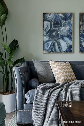 温馨89平美式三居客厅实景图