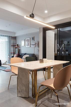 质朴40平现代小户型客厅装