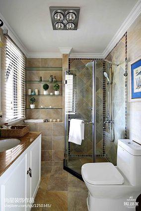 2020117平米美式别墅卫生间效果图