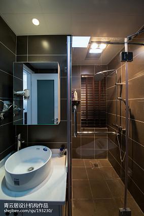 热门三居卫生间日式装修设计效果