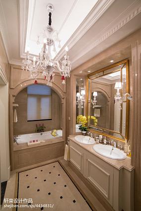 2020130平米欧式别墅卫生间欣赏图