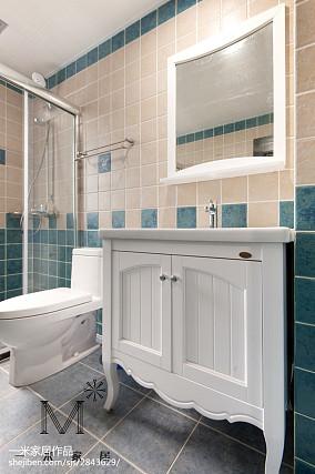 精选美式三居卫生间装修实景图片