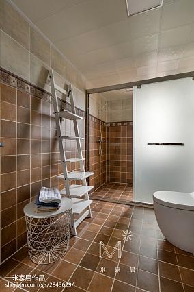 精选104平米三居卫生间美式装修设