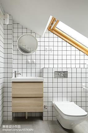 简单日式四居卫浴设计图