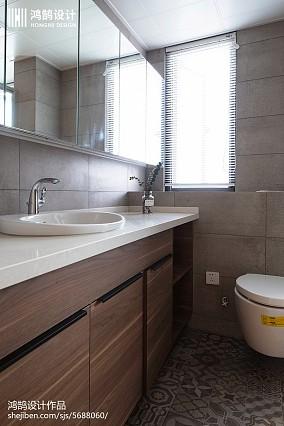热门98平米三居卫生间现代设计效