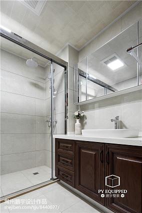 热门面积103平中式三居卫生间装修