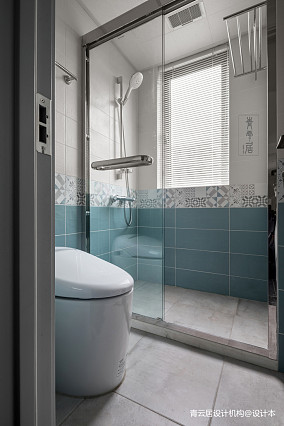 温馨76平美式三居卫生间装饰图片