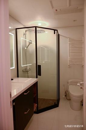 现代简约二居81-100m²卫生间设计图