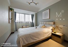 华丽95平中式四居卧室布置图