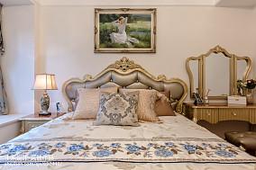 悠雅320平欧式样板间卧室装饰图片