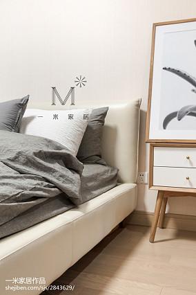 大气73平日式三居卧室装潢图