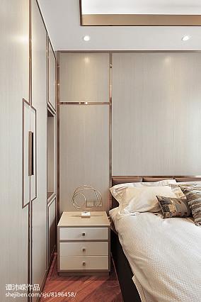 悠雅93平现代四居卧室布置图