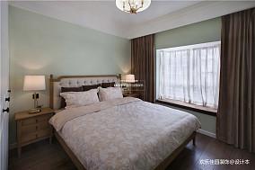 悠雅99平美式三居卧室实景图片