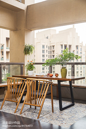 中式三居阳台装修效果图片