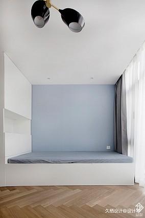 久栖现代简约三居121-150m²阳台设
