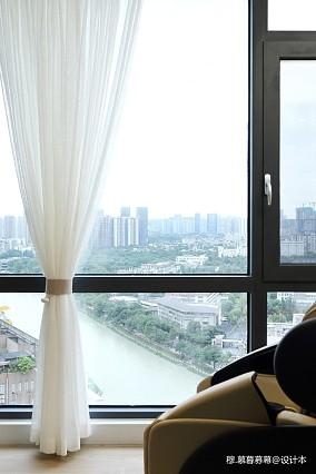 现代简约三居201-500m²阳台