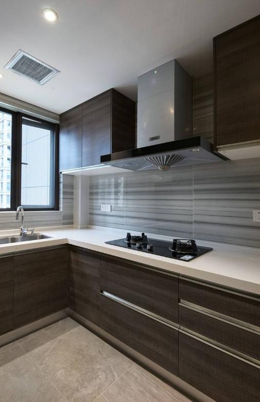 厨房地面用木地板