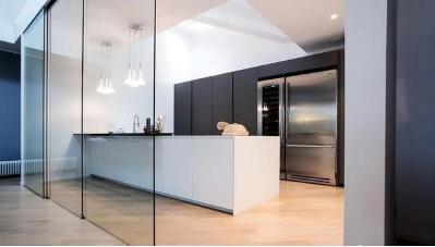 厨房是否适合装木地板呢
