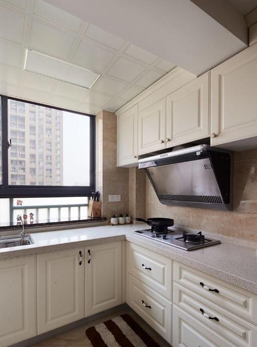 厨房装吊顶防烟熏