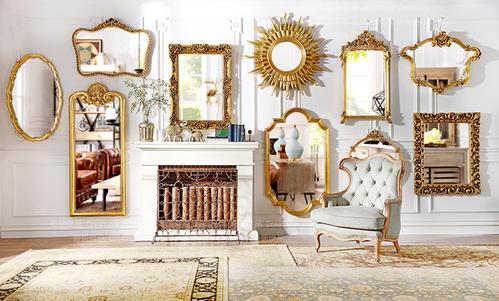 客厅多镜子